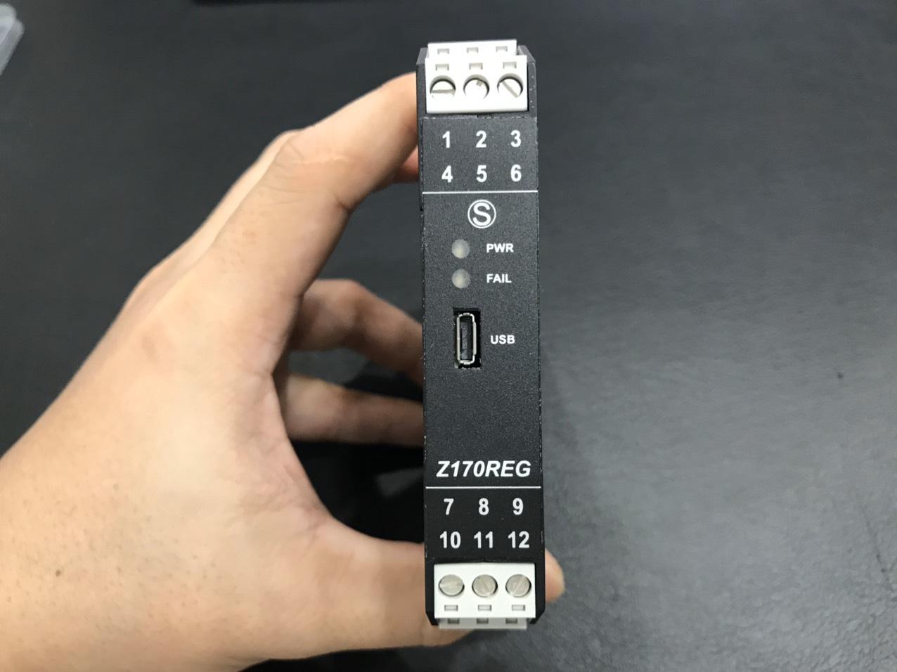 mặt trước bộ chia tín hiệu 4-20mA Z170REG-1