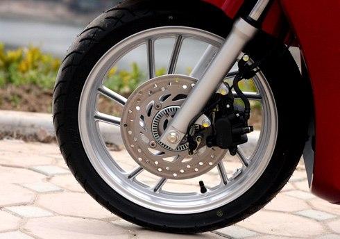 Áp suất lốp xe máy