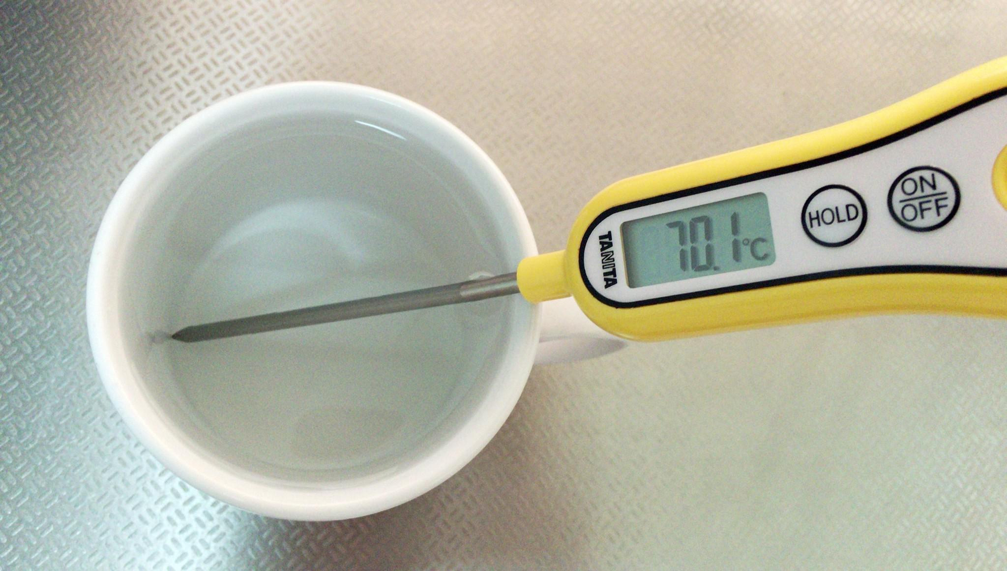 Đo nhiệt độ nước trong gia đình
