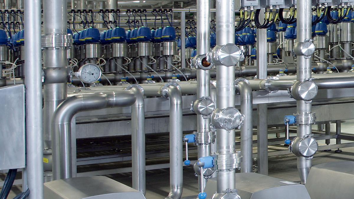Lắp đồng hồ áp suất nước trên đường ống