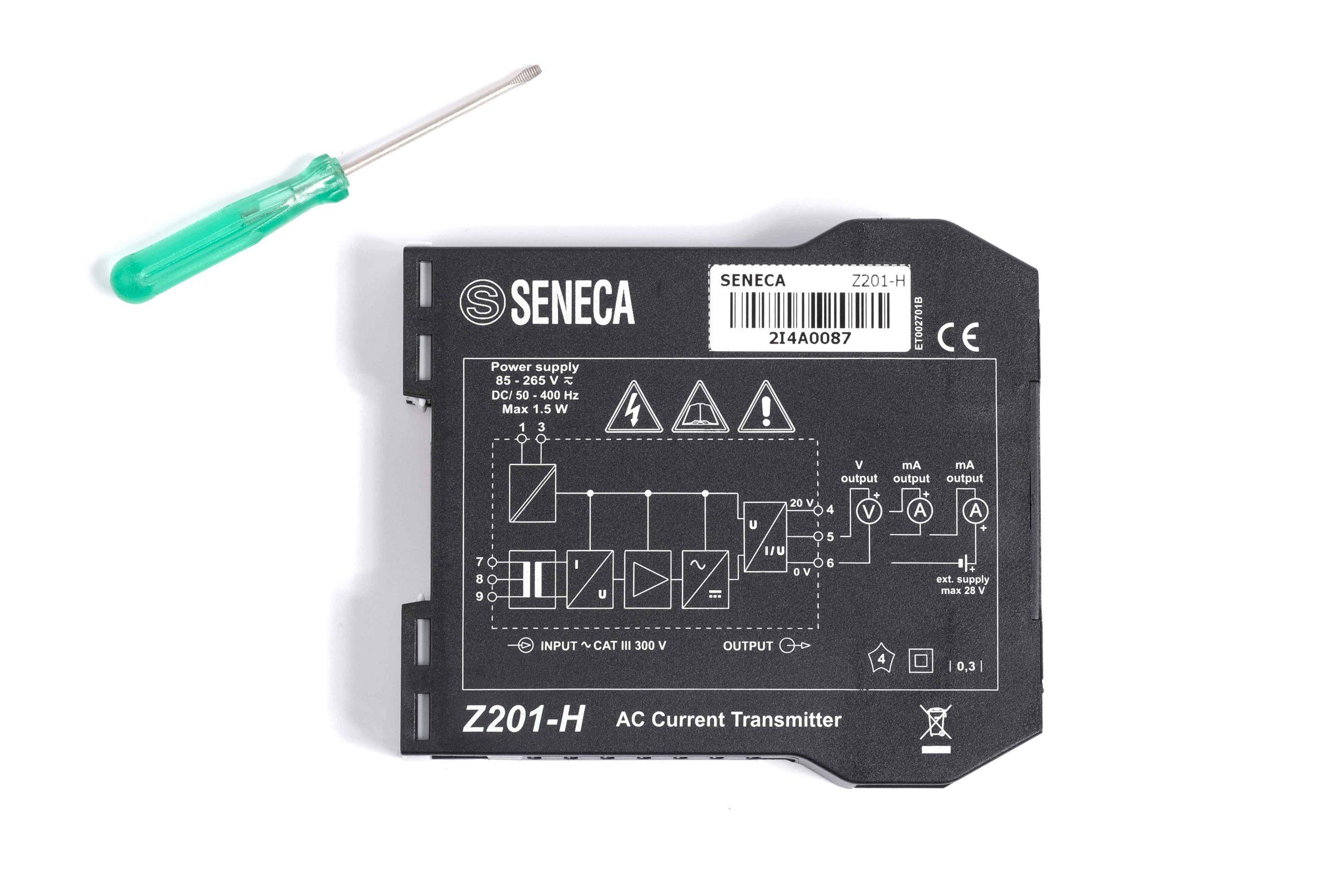 Bộ chuyển đổi tín hiệu 0-5A Sang 0-5V