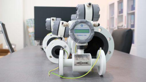 Đồng hồ đo lưu lượng nước điện từ DN25 | Comac Cal - Czech