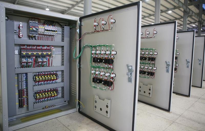Hướng dẫn sử dụng tủ nạp ắc quy công nghiệp